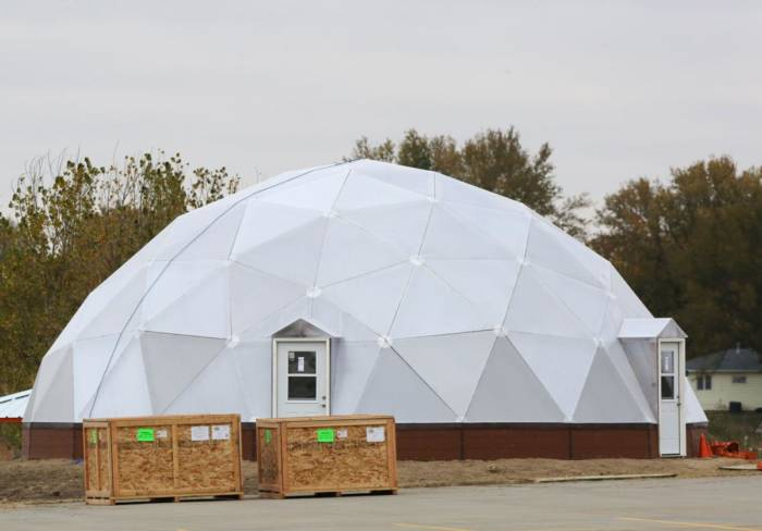 Hastings Middle School Geodesic Dome Greenhouse