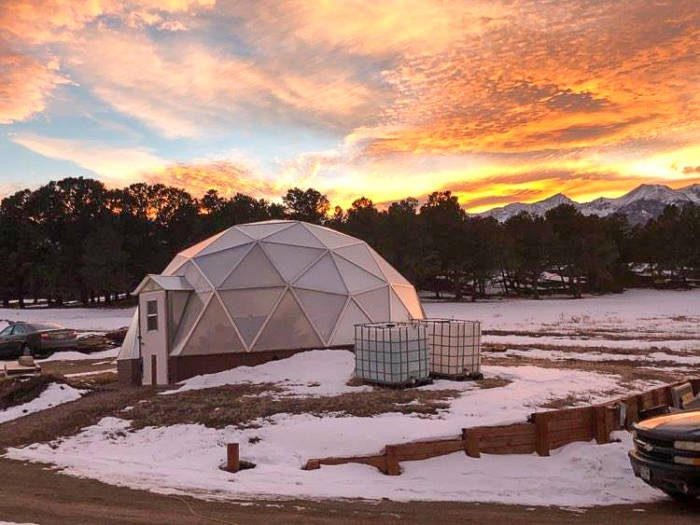 Off Grid Greenhouse in the Mountains
